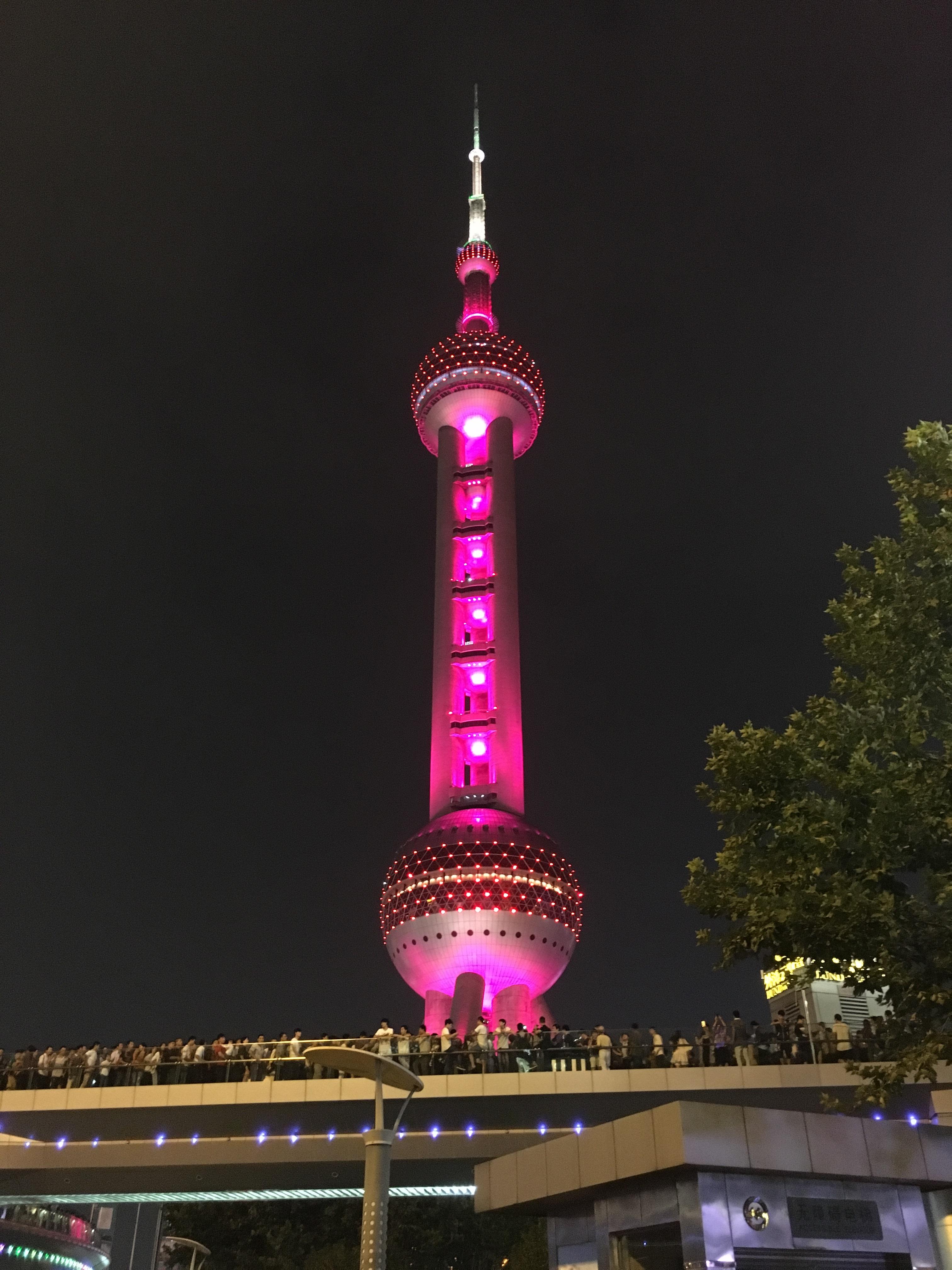 Pearl-Tower_Wahrzeichen-Shanghai_16