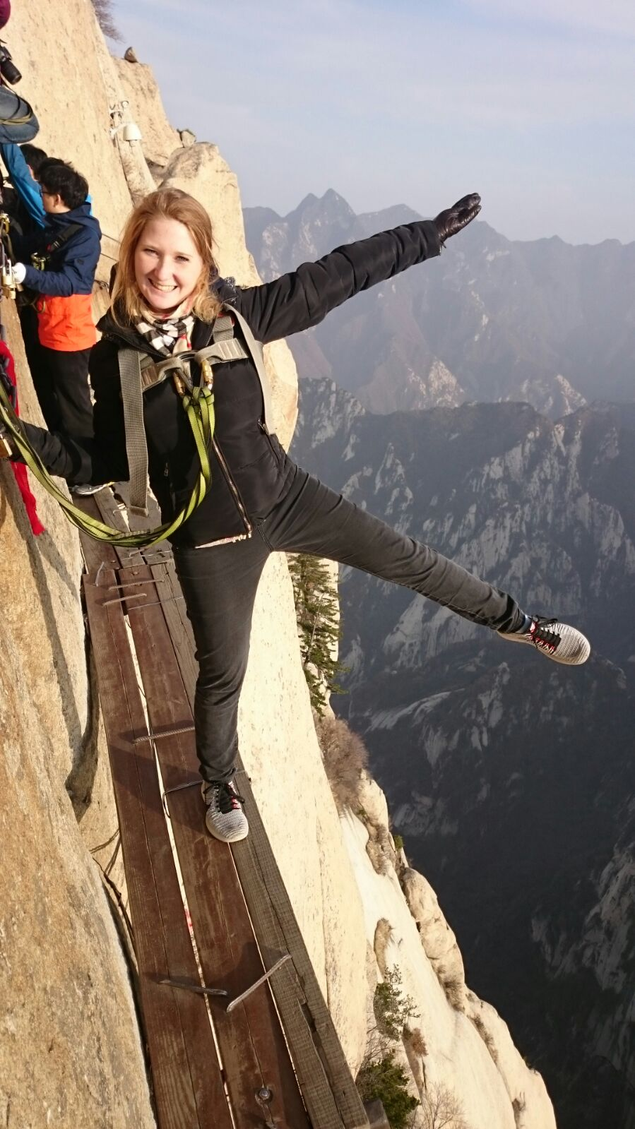Plank Walk in the Sky_Mount Huashan