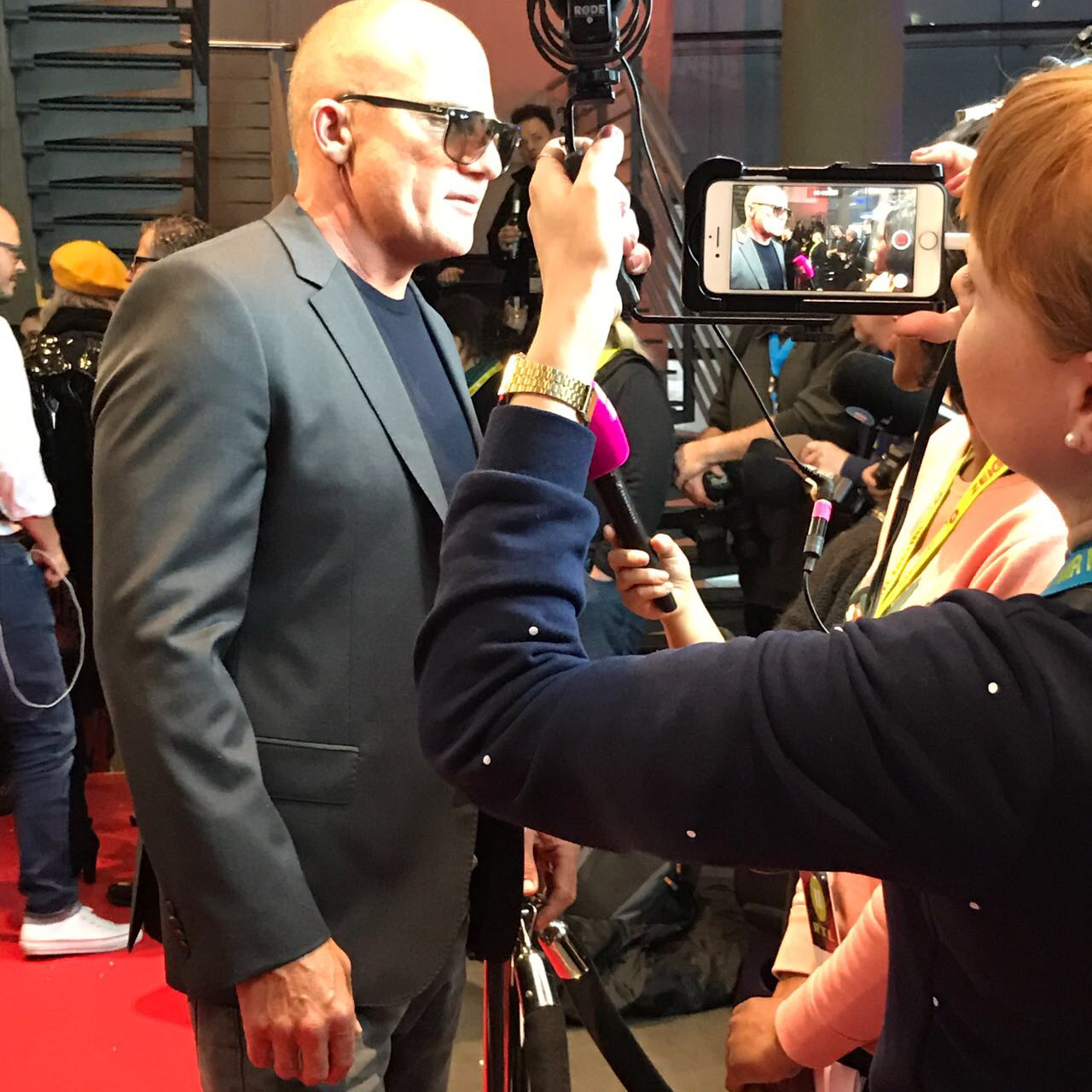 Red Carpet bei der Kinopremiere