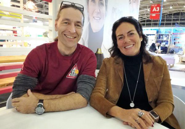 Manuela Reibold-Rolinger und John Kosmalla am RTL II-Messestand auf der Münchner Heim+Handwerk