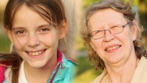 Bettina und ihre Enkelin Yasmina aus Leipzig